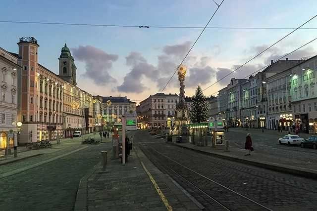 Linz Austria private transfer